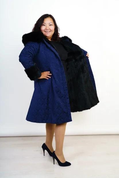 Пальто зимнее с меховой подкладкой